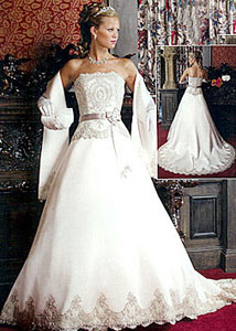 Elegant Queen Wedding Dress