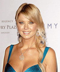 Tara Reid Trendy Long Hairstyle for Prom