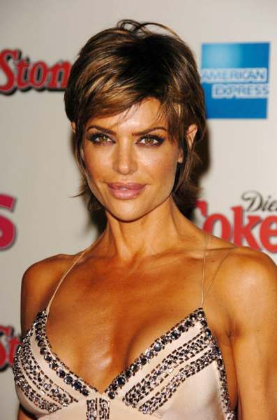Lisa Rinna with Blonde Highlight Hair Style