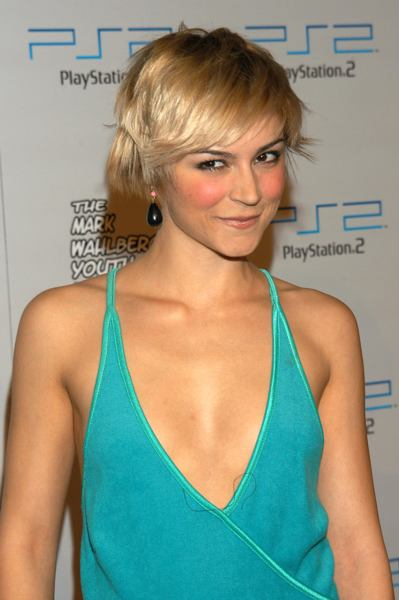 Medium Short Hairstyle for Homecoming